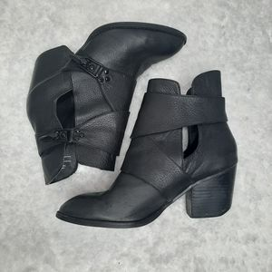 SHELLY'S LONDON buckle ankle booties